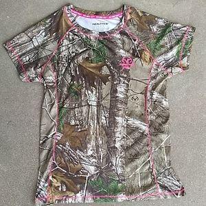 Women's Realtree camo shirt top